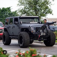 WEBSTA @ americancustomjeep -  @black_list_texas #jeeple #jeeplife…