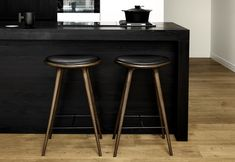 HIGH STOOL by MATER DESIGN