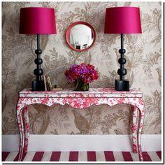 Nassima home chambre baroque rose fushia et noir th me london d co radian - Chambre rose et noir baroque ...