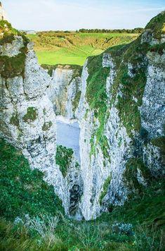 Étretat Normandy France |  Tasty-Pixels