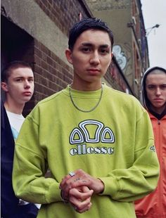 Check out as @pause_online Explores sportswear in Youth Culture JUST KIDS #justkids #pause