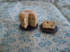 Panettone Bread/Cake 1:12 Scale Miniature Dollhouse Food/Dessert.