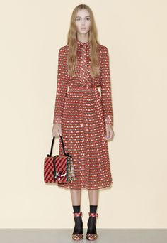 See all the Red Valentino Pre-Fall/Winter photos on Vogue. Fall Fashion 2016, Winter Fashion, Fashion Show, London Fashion, Red Valentino, Valentino Couture, Valentino Dress, Mannequins, Cat Walk