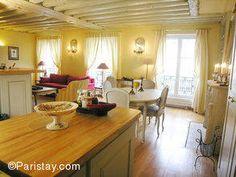 Apartment in Le Marais (3rd arrondissement), sleeps 6.    High season rate: 1700 EU/week