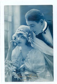Gorgeous portrait of 1920s bride and groom. Love.