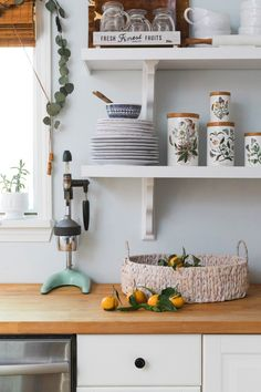 kitchen shelving decor ideas