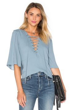 Boulevard lace up top