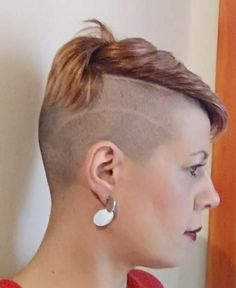 There is Somthing special about women with Short hair styles. I'm a big fan of Pixie cuts and buzzed cuts. Enjoy the many different styles. Undercut Hairstyles, Pixie Hairstyles, Pixie Haircut, Cool Hairstyles, Half Shaved Head Hairstyle, Half Shaved Hair, Short Hair Undercut, Short Hair Cuts, Buzzed Hair