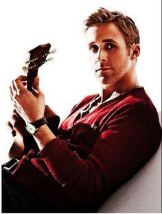 Ryan Gosling aka the perfect guy Celebrity Gallery, Celebrity Crush, Look At You, How To Look Better, Pretty People, Beautiful People, Beautiful Voice, Beautiful Pictures, Chaning Tatum