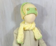 Chunky Crochet Aviator Hat with Earflaps Girls Trapper Hat Child Beanie Autumn Winter Fashion Kid Hat Xmas Gift Cream Green Hat & Scarf Beautiful hat for ca 3–5-years old girl (please check circumference, below). Very warm, soft and nice. Crocheted with cream boucle yarn with addition of green on the edge.  You can buy this hat with a knitted scarf (made of the same yarn, + $10)  Circumference inside (without stretching) is 20.5 (45 cm)  Scarf size: 36 x 6.3 (92 x 16 cm)   Unique and…
