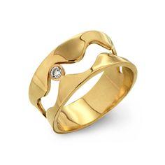 ONDA 14K Gold Diamond Ring, anello di fidanzamento, fascia d'oro, anello onda oro, Gold Diamond Wedding Band di arosha su Etsy https://www.etsy.com/it/listing/161052520/onda-14k-gold-diamond-ring-anello-di