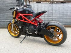 Go look at a variety of my well liked builds - custom scrambler hybrids like this Buell Cafe Racer, Sportster Cafe Racer, Cafe Racer Moto, Custom Cafe Racer, Cafe Racer Bikes, Cafe Racers, Motorcycle Design, Motorcycle Style, Bike Design