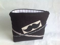 Toalettmappe med bart Coin Purse, Purses, Wallet, Sewing, Handbags, Dressmaking, Couture, Stitching, Sew