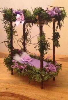 With Artists permission, Source: by Joanne Louise, who shared on fb to Ohio Fairy Gardening. - All For Garden Indoor Fairy Gardens, Mini Fairy Garden, Fairy Garden Houses, Miniature Fairy Gardens, Fairy Gardening, Container Gardening, Fairy Crafts, Garden Crafts, Suculentas Diy