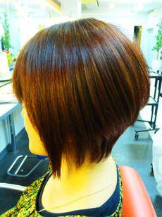 ショートボブ グラボブ 前下がり 縮毛矯正ストレート:ヘアースタイル 写真 髪型 カタログ