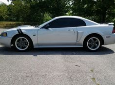 Car brand auctioned: Ford Mustang GT 2002 mustang gt premium