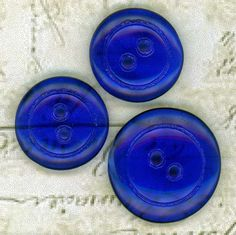 Clear Cobalt Blue Glass Sewing Buttons ~ 1 @ 7/8 inch 22mm ~ 2 @ 3/4 inch 19mm ~ Coordinated set of 3 Buttons ~ Mother & 2 Daughter Buttons by SewlyButtons on Etsy https://www.etsy.com/listing/486283054/clear-cobalt-blue-glass-sewing-buttons-1