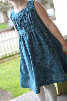 Garden Party Dress + a giveaway!