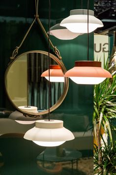 Aluminium pendant lamp COLLAR by Gubi | design Sebastian Herkner