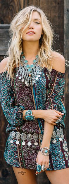 ☮ Alluring Bohemian Style ☮ Free spirit with a touch of chic style