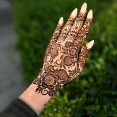 Wedding Henna Designs, Pretty Henna Designs, Modern Henna Designs, Latest Arabic Mehndi Designs, Henna Designs Feet, Engagement Mehndi Designs, Floral Henna Designs, Finger Henna Designs, Latest Bridal Mehndi Designs