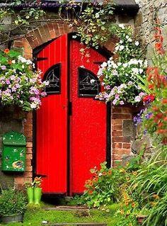 (via Pinterest) Kinsale, Ireland