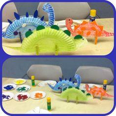 Dinossaurs story time craft for preschool kids using paper plates & felt