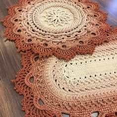 Crochet Carpet, Crochet Home, Doily Rug, Doilies, Projects To Try, Fancy, Rugs, How To Make, Facebook