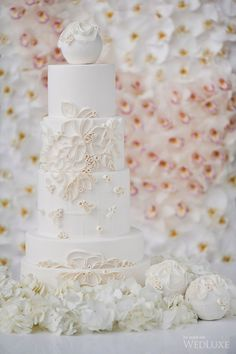 WedLuxe– Ivory Allure | Photography By: Jasalyn Thorne Photographers Follow @WedLuxe for more wedding inspiration!