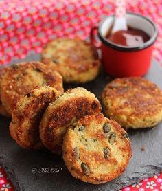 Idée d'accompagnement : des galettes quinoa et graines de courge :) ! Tout ça sans gluten ! Top ! Retrouvez la recette sur notre page Facebook Vital Food ou surle blog : cuisipat.com  #vitalfood #vitalfood_mag #vitalfoodmagazine #accompagnement #quinoa #courge #healthy #food #recette #cuisine #galettes #instafood #foodporn #instacool #instagood #yummy #yum #miam #nom #nomnomnom