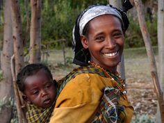 Gurage woman with baby, Ethiopia by Ngari.