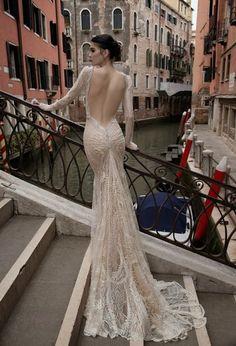 Mode Germany: Inbal Dror Brautkleid: 2015 Venedig Kollektion  #mode #mode2015 #wintermode #wintermode2015 #damenmode #damenmode2015 #modestil #abendkleider #abendmode #brautkleider #fashion #fashion2015 #sommermode #sommermode2015 #brautkleider2015 #brautmode