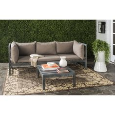 Ingeniously designed and fashion-forward, the Lynwood outdoor sectional may be configured to suit your space and mood.