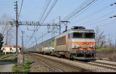RailPictures.Net Photo: BB 7281 SNCF Alstom BB 7200 at Montauban (Tarn et Garonne), France by Gerard MEILLEY