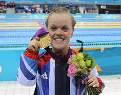 01/09/2012: Ellie Simmonds smashed the world record in an unforgettable 400m Freestyle (S6) final to claim GB's second Swimming gold of the Games.