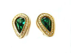 Retro 1980s Swarovski Co. Green Crystal Teardrop Earrings #lemonkitscharms
