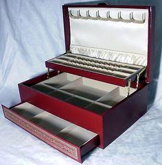 MELE USA Jewelry Box Faux Burgundy Leather Very Clean 13x8x5
