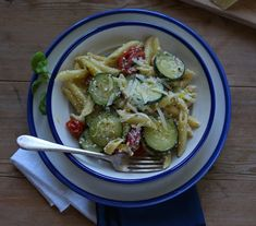Soup Plating, Zucchini Pasta, Grated Cheese, Mini Foods, Fresh Basil, How To Cook Pasta, Cherry Tomatoes, Ricotta, Summer Recipes