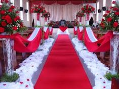 40 Ideas for wedding church aisle decor chairs Red And White Weddings, White Wedding Flowers, Red Wedding, Wedding Stage, Wedding Photos, Church Aisle Decorations, Wedding Isle Decorations, Wedding Church Aisle, Wedding Party Shirts