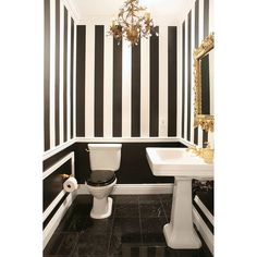 Splashes of gold could create luxury vibe in black and white room. #rumahkubathroom