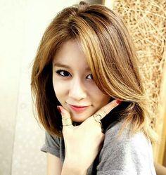 Jiyeon cute.