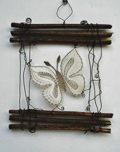 Bobbin Lacemaking, Lace Art, Bobbin Lace Patterns, Dream Catcher Boho, Art Textile, Lace Jewelry, Needle Lace, Lace Making, String Art