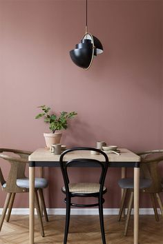 Room Colors, Decor, Living Room Colors, Dining Room Colors, Warm Dining Room, Pink Dining Rooms, Warm Home Decor, Scandinavian Dining Room, Home Decor