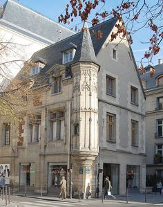 Le Marais, Maison de Jean Herouet, 54 rue des Francs-Bourgeois, Paris 3e.