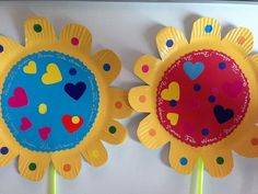 Fleur de printemps Mandala, Activities, Diy, Centre, Pendant, Spring Crafts, Paper Flower Templates, Do It Yourself, Bricolage