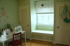 seated bench between two closets
