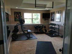 Best home gym flooring over carpet design Diy Home Gym, Gym Room At Home, Workout Room Home, Best Home Gym, Workout Rooms, Exercise Rooms, Design Your Own Home, Home Gym Design, Home Gym Equipment