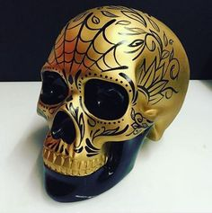 Sugar Skull Painting, Sugar Skull Artwork, Sugar Scull, Badass Skulls, Day Of The Dead Skull, Skull Decor, Human Skull, Skull Design, Crystal Skull