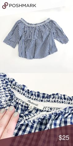e67f8c5baf3 Madewell Gingham Off the Shoulder Peasant Blouse Madewell Gingham Off the Shoulder  Peasant Blouse Cropped Size XL COLORS - blue and white Great Used ...