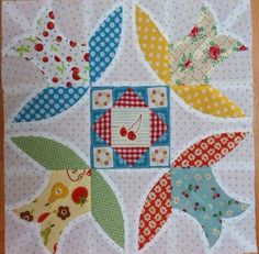 #8 Bluebell  The Vintage Quilt Along by Charisecreates